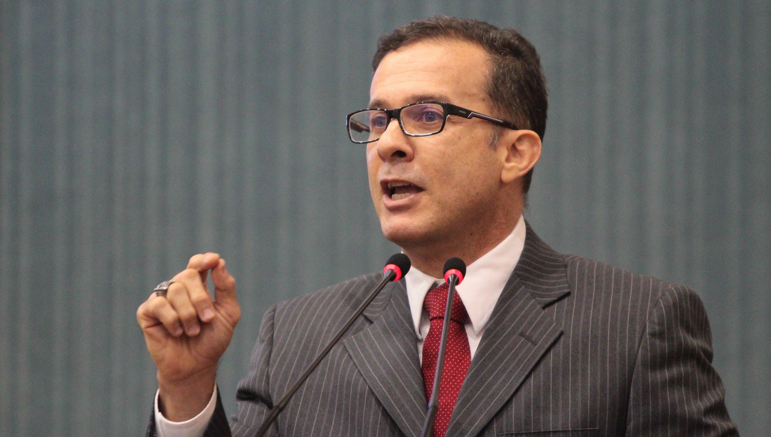 MANAUS 21.03.17 VEREADOR CHICO PRETO (PMN) DURANTE SESSAO PLENARIA DA CAMARA MUNICIPAL DE MANAUS (CMM). FOTO:TIAGO CORREA/CMM.