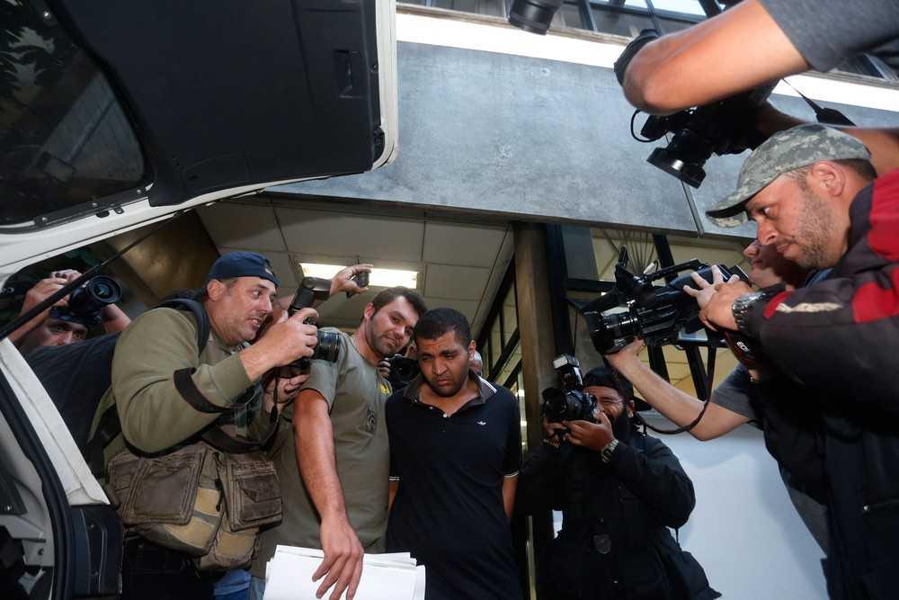 Diego Ferreira de Novais deixa 78ª DP e é levado para o 2º DP Imagem: Leonardo Benassato/Framephoto/Estadão Conteúdo