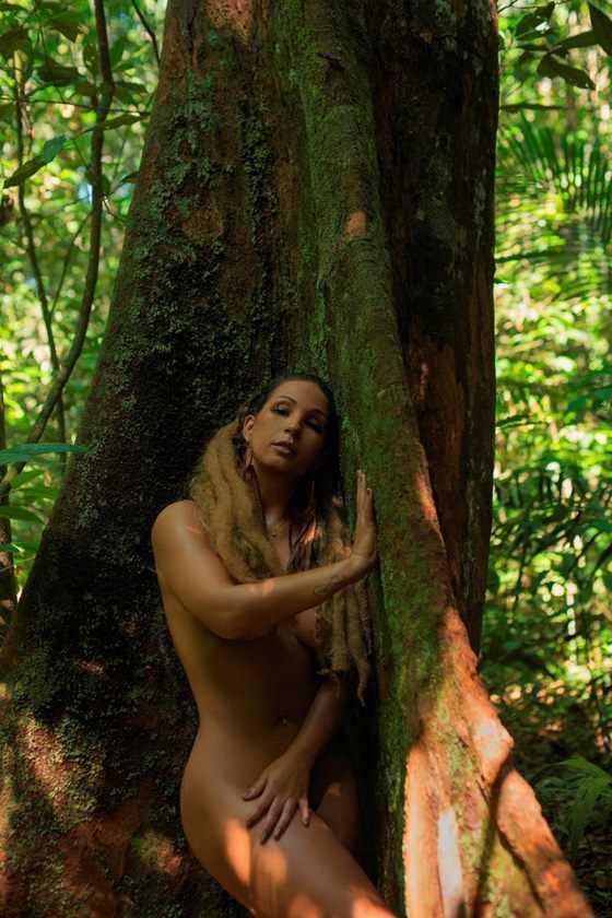Valesca Popozuda fica nua em protesto a favor da Amazônia - Imagem: Instagram