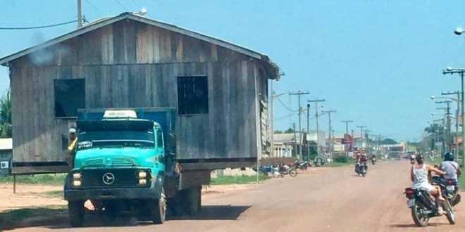 Durante a mudança, os móveis e pertences do proprietário permanecem dentro da casa / Divulgação