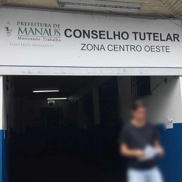 Bandidos assaltam e rendem 30 pessoas no Conselho Tutelar em Manaus - Imagem: Divulgação