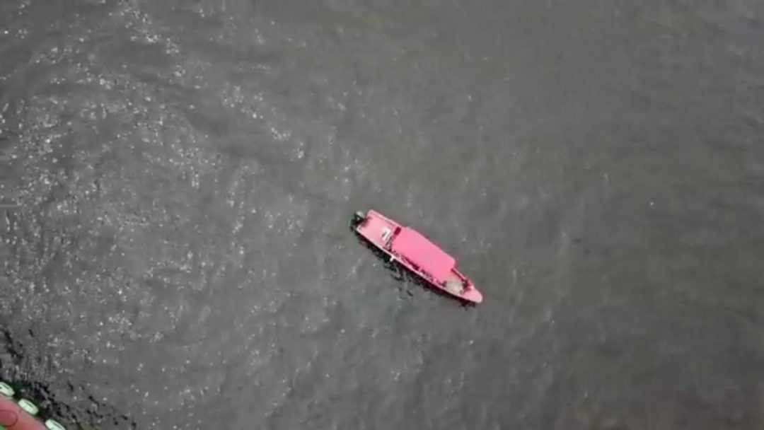 Corpo de homem que caiu de rebocador no rio Negro é localizado pelos bombeiros - Imagem: Divulgação /Cbmam