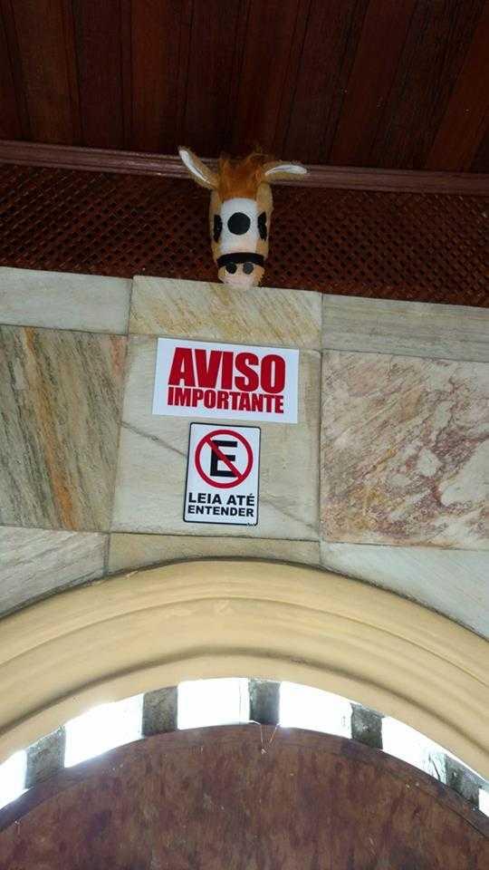 """Em Manaus, bar coloca placa """"Proibido Viadagem"""" e causa polêmica nas redes sociais - Imagem: Reprodução Facebook"""