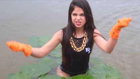 Anitta compartilha paródia hilária de clipe na Amazônia feita por MC Melody - Imagem: Divulgação