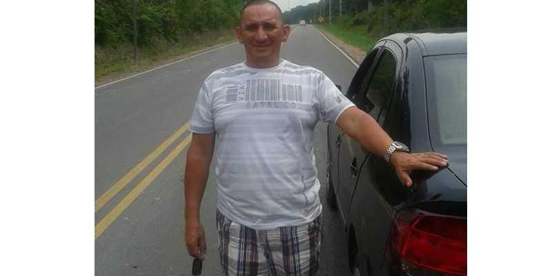 Sargento é alvejado por bandidos em estacionamento de mercadinho em Manaus - Imagem: Divulgação