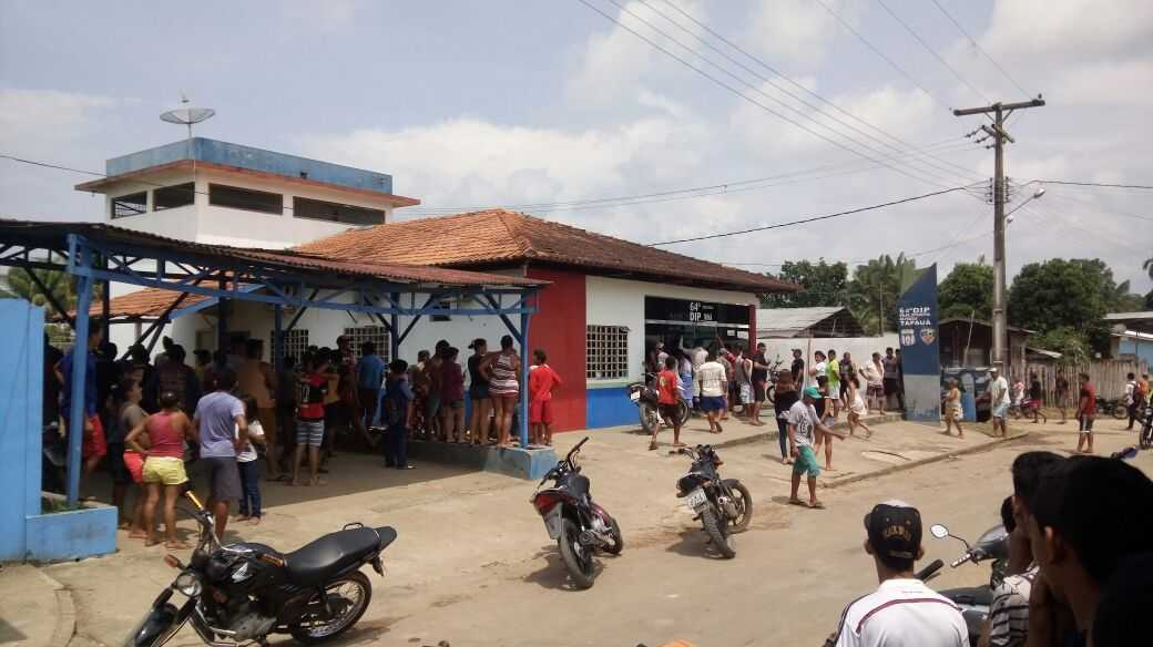 Tensão em Tapauá: presos tomam delegacia e fazem guarda reféns- Imagem: Via whatsapp