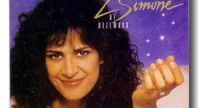 Um dos maiores sucessos da Simone é a tradicional música natalina Reprodução/YouTube