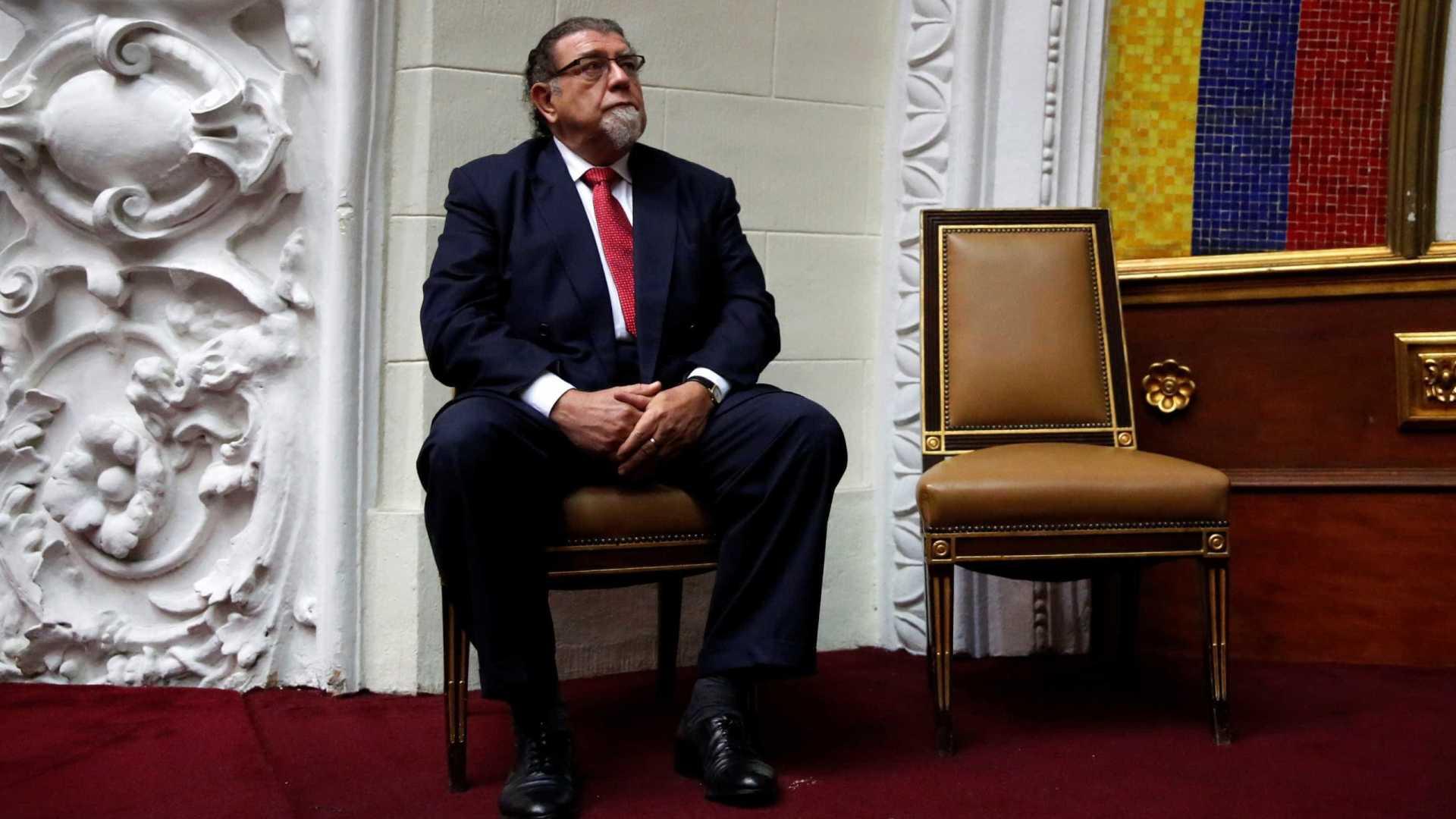 A Assembleia Constituinte da Venezuela declarou o embaixador do Brasil em Caracas, Ruy Pereira, persona non grata, o que significa que o diplomata não poderá estar mais no país - Imagem:  Carlos Garcia Rawlins/Reuters