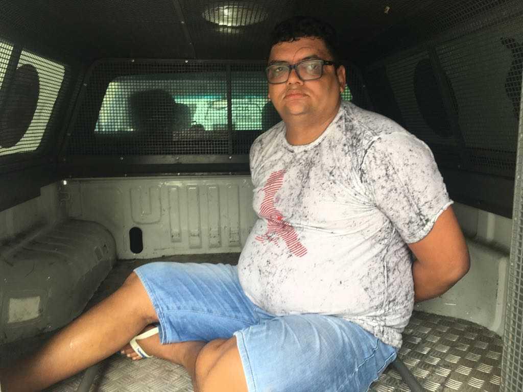 Força Tática prende Pedrinho, o químico que preparava a droga na zona sul de Manaus - Imagem: Divulgação/PM
