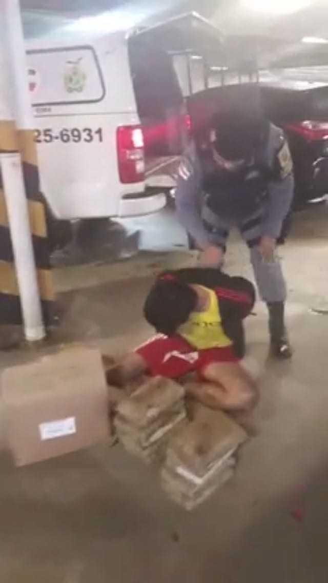 Força Tática prende traficante com 10 kg de maconha em estacionamento de supermercado em Manaus - Imagem: Divulgação/PM
