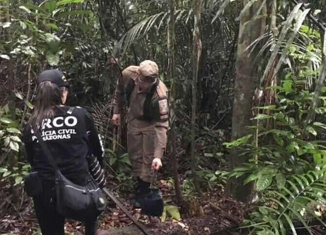 Polícia encontra bolsa feminina e suposto cabelo perto do Compaj, e acredita que seja de mulher desaparecida - Imagem: Divulgação