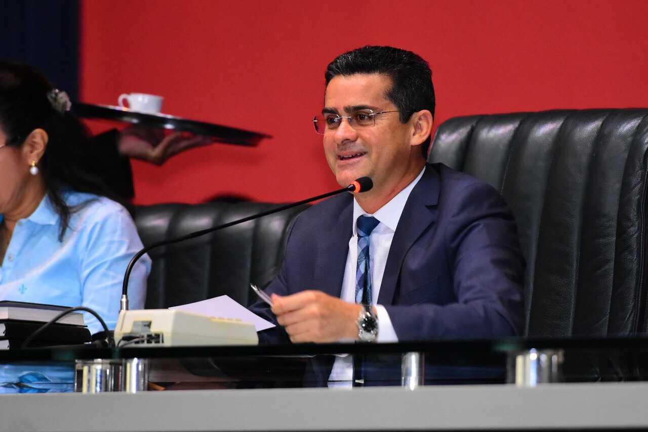 David Almeida deixou mais de R$ 400 milhões para Amazonino Mendes