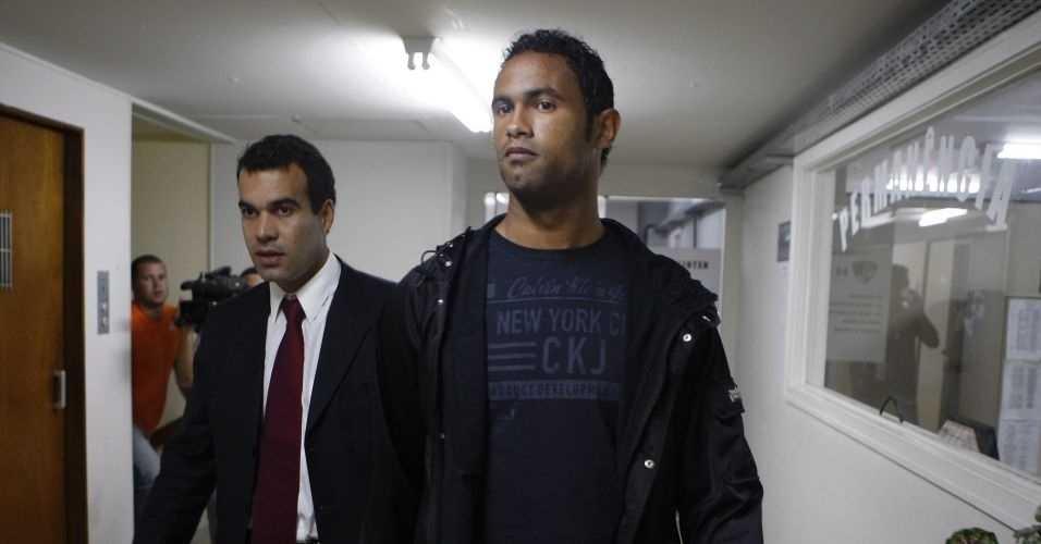 Goleiro Bruno pode ter direito à regressão de pena - Imagem: Divulgação