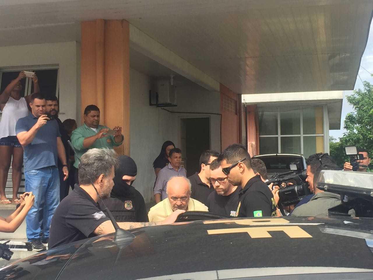 Governador cassado José Melo é encaminhado para Centro de Detenção Provisória em Manaus - Imagem: Via Whatsapp