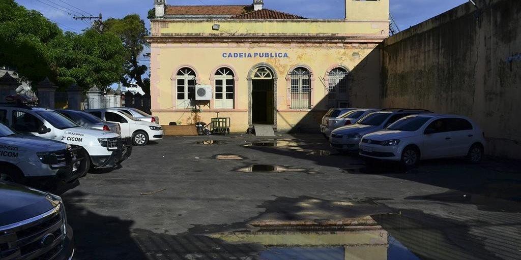 Fachada da Cadeia Pública Desembargador Raimundo Vidal Pessoa, em Manaus Agência Lusa/EPA/Nathalie Brasil/Direitos Reservados