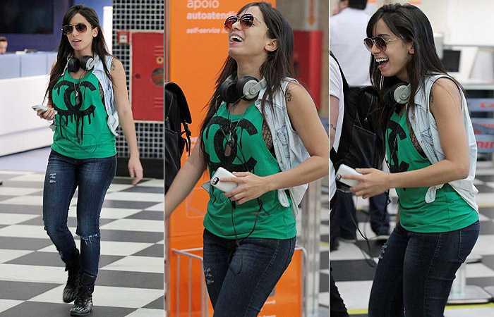 Anitta faz zoação com blogueiras 'pidonas' e causa polêmica na internet - Imagem: Reprodução