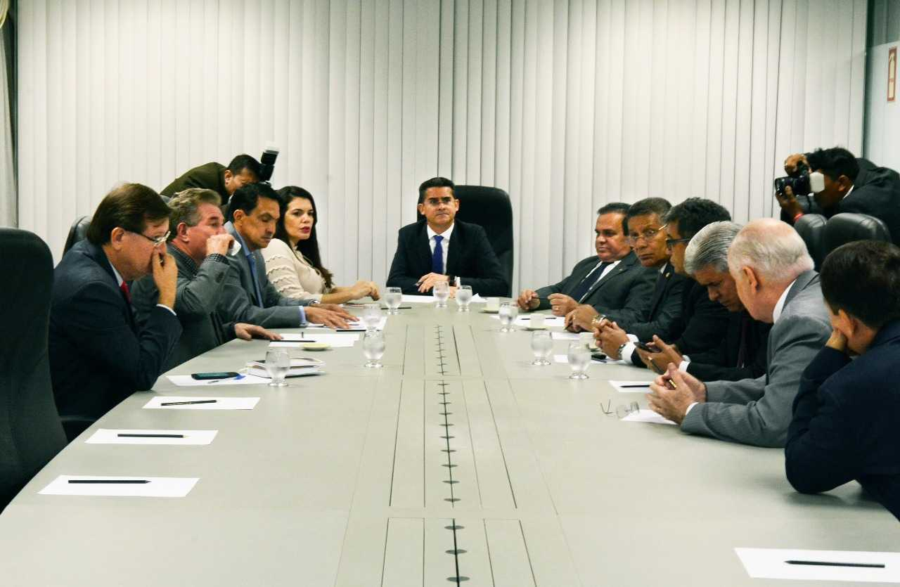 Deputados Estaduais se reúnem / Foto : Augusto César Araújo