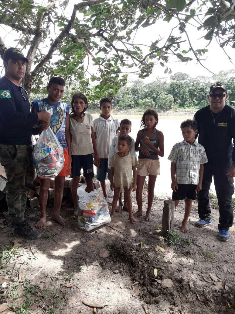 Em diligência a Comunidades Ribeirinhas, órgãos públicos de Boca do Acre executam ação conjunta / Foto : Divulgação