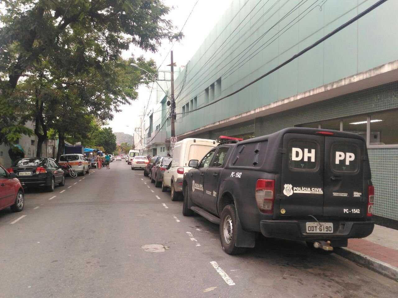 A vítima foi encaminhada para o Hospital São Lucas, em Vitória, onde permanece em estado grave /  Foto: Elis Carvalho