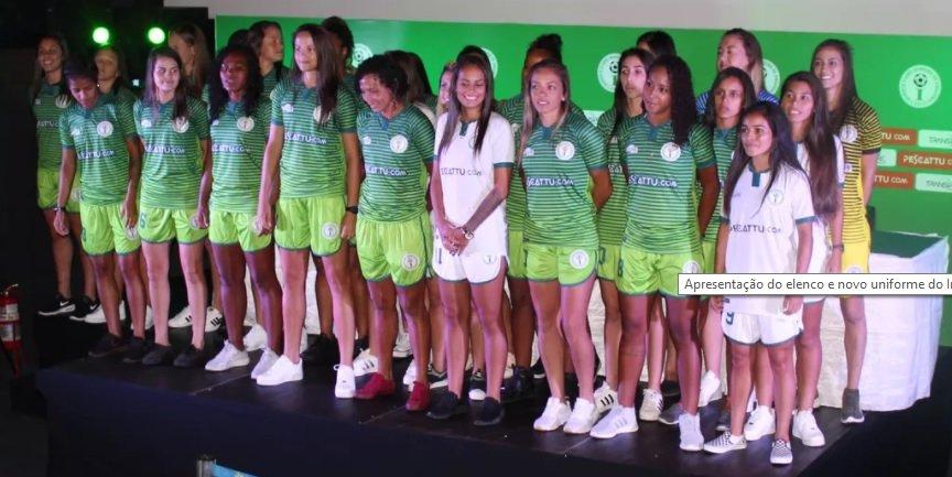 Elenco feminino do Iranduba que disputará o Brasileirão 2018 é apresentado em Manaus- Imagem: Divulgação