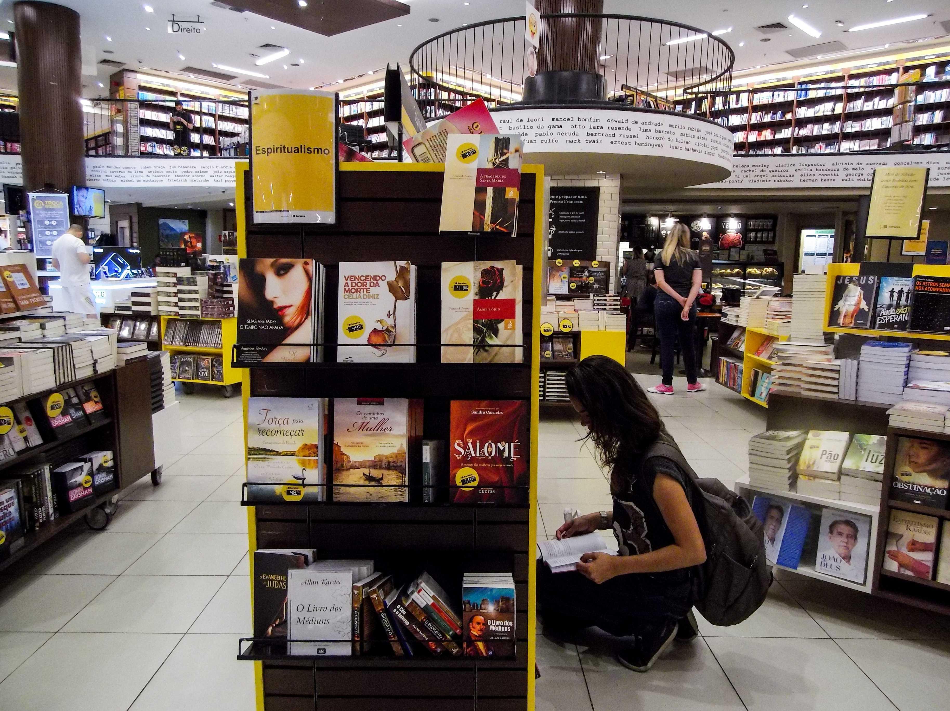 Mulheres compram mais livros e preferem literatura estrangeira, diz Saraiva (Foto: Amanda Perobelli/Estadão)