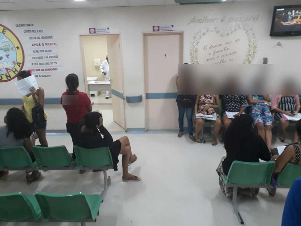 Grávidas denunciam demora de atendimento no Instituto da Mulher, em Manaus - Imagem: No Amazonas é Assim