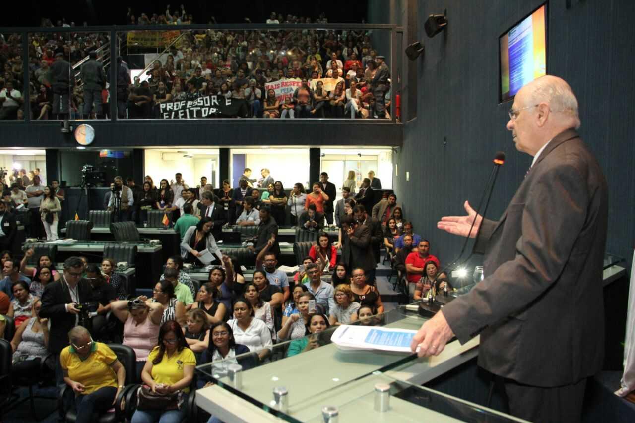 Proposta de reajuste é faz de conta de um governo acostumado a fazer ameaças, diz Serafim / Foto : Marcelo