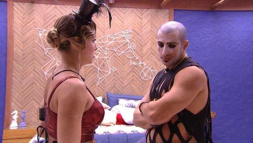 """A sister aproveitou para desabafar sobre o próximo paredão. """"Estou muito mexida com a votação"""" / Foto : TV Globo/Reprodução"""