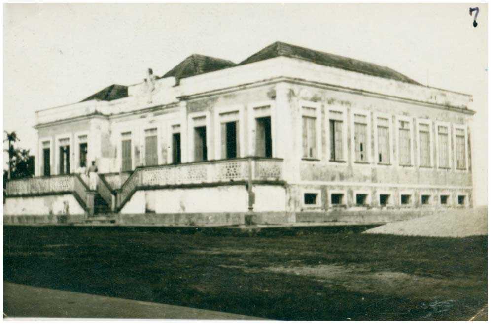 Prefeitura Municipal : Tefé, AM - [19--] / Foto : IBGE