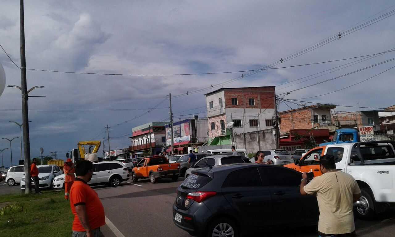 Protestos contra preço dos combustiveis, na Compensa II - Imagem: Via Whatsapp