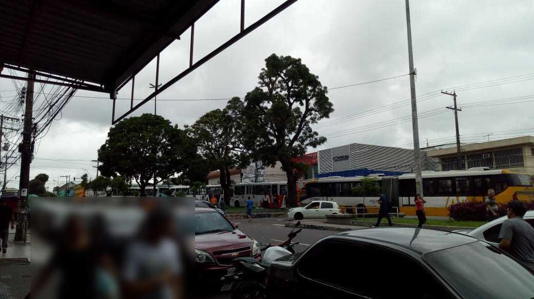 Rodoviários paralizam ônibus no T1, em Manaus - Imagem: Divulgação
