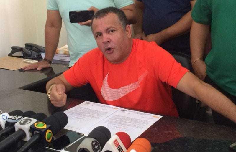 O presidente do Sindicato dos Rodoviários Givancy Oliveira disse ter sido vítima de extorsão