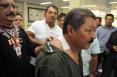 Arnaldo Mitouso, em agosto de 2011. Durante o incidente, o prefeito foi atingido por um tiro, mas sobreviveu.