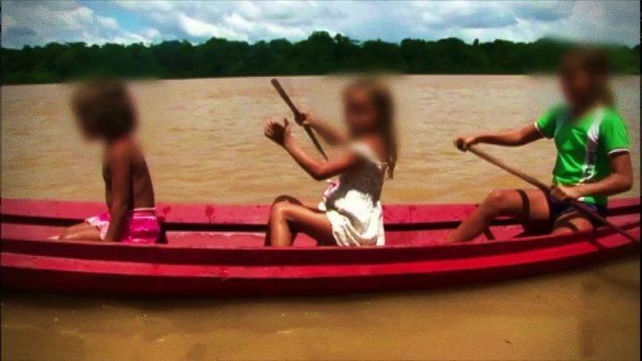 Crianças são estupradas por donos de balsa em troca de refeição - Imagem: Reprodução