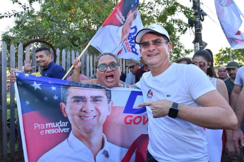 David Almeida durante caminhada em Manacapuru / Foto : Divulgação