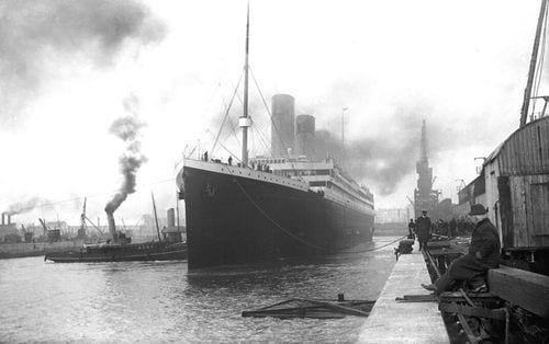 Titanic na Doca: Momentos Antes da Viagem Inaugural