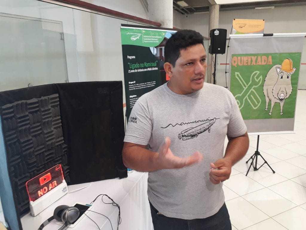 """Marcos Lopes, apresentador do programa """"Ligado no Mamirauá"""" - Imagem: No Amazonas é Assim"""