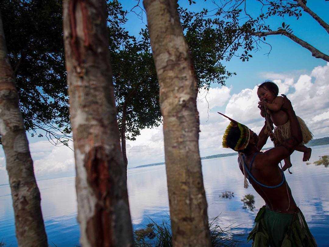 Crianças: Futuro da Amazônia / Foto por Raphael Alves