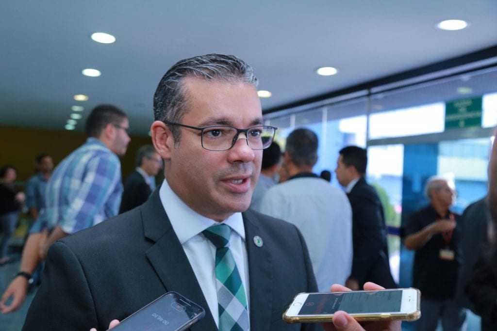 A proposta, de autoria do deputado Josué Neto (PSD) - Imagem: Filipe Augusto