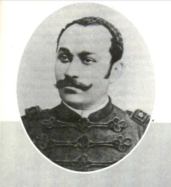 O falecimento de Eduardo Ribeiro, ocorrido a 14 de outubro de 1900, num afastado subúrbio de Manaus, em uma casa de sua propriedade e residência, continua e continuará em mistério. (Agnelo Bittencourt)
