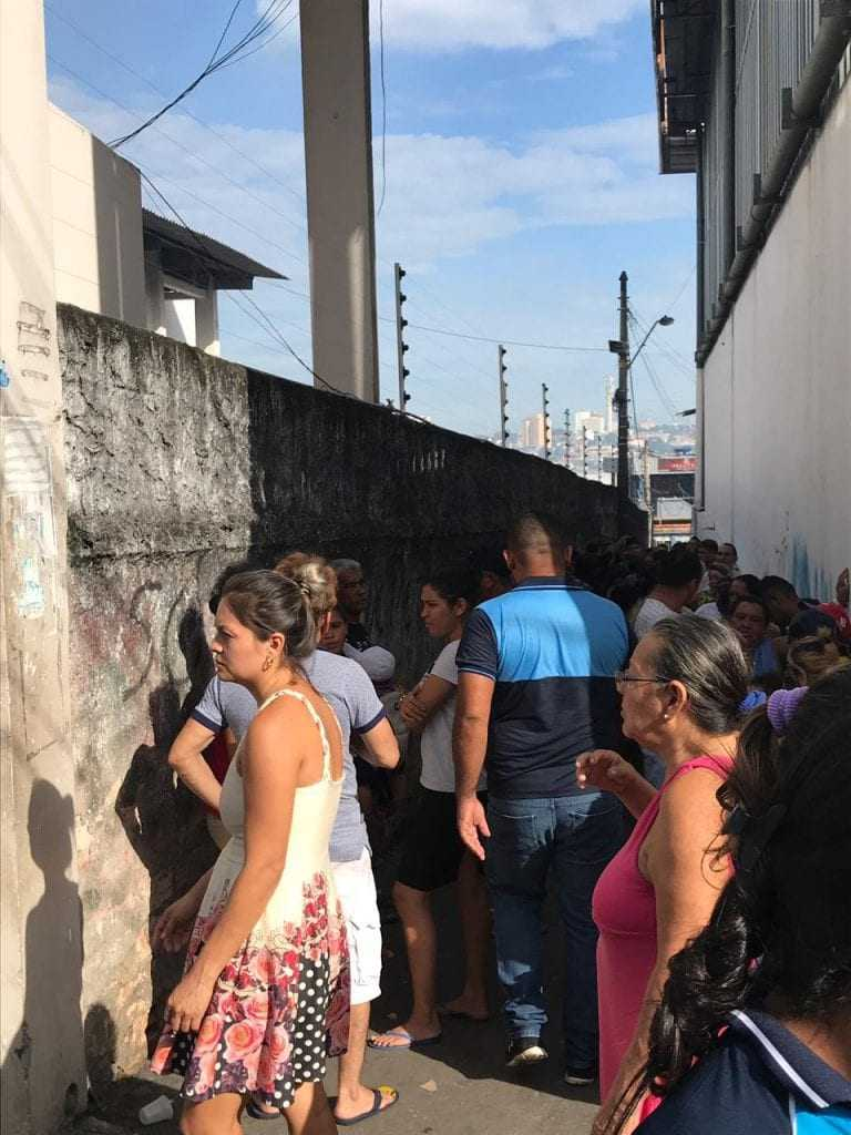 Moradores do bairro e de outras zonas da cidade estão desde a manhã desta terça-feira (18) fazendo doações nos locais de arrecadação. / Foto: Divulgação