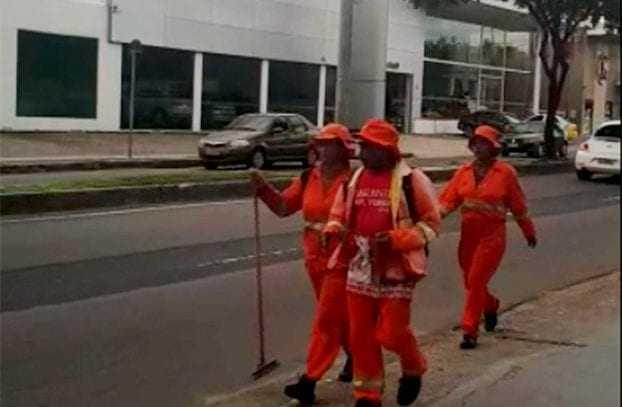 Pessoas se passam por garis, utilizando de fardamento falso, agindo como pedintes. / Foto: Divulgação