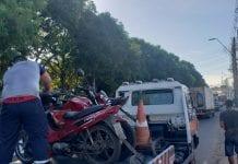 A fiscalização ocorreu em três pontos do bairro, nas avenidas Brasil e Ciryllo Neves e na rua Belo Horizonte.