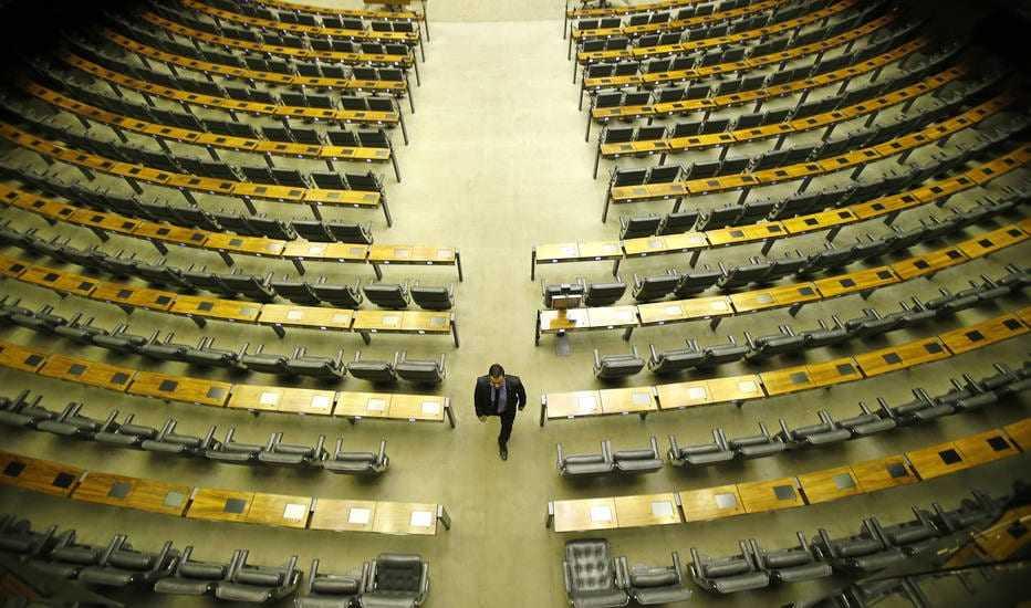 Primeira Sexta Feira da nova Legislatura repete velhos hábitos, apenas o Deputado Capitão Alberto (PRB-AM) compareceu ao plenário, mas por falta de quórum não abriu sessão. / Foto: Dida Sampaio/Estadão