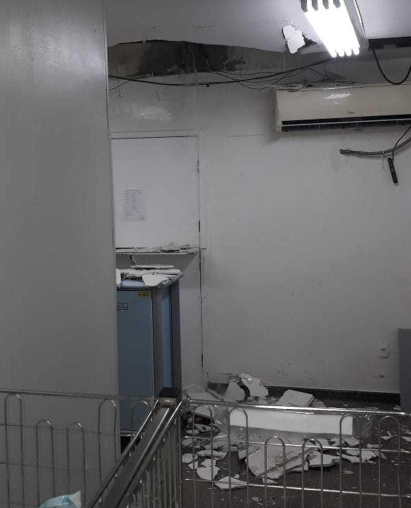 Local onde o teto desabou.  / Foto: Divulgação/Sindisaúde-ES