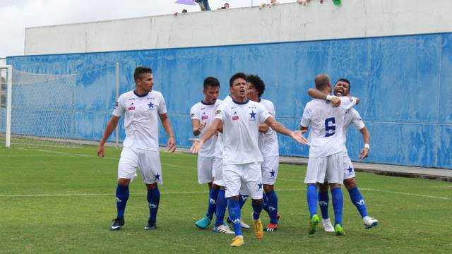 Manaus consegue a primeira vitória no Barezão. / Foto: Marcos Dantas/globoesporte.com