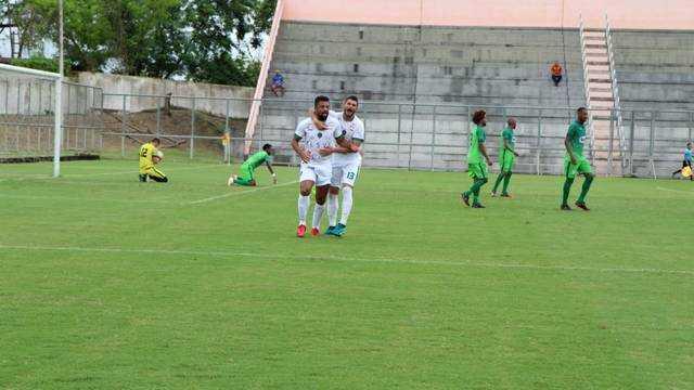 Manaus faz 2 x 0 em cima do Manaus, no Barezão. / Foto: Rômulo Araújo / Globoesporte.com