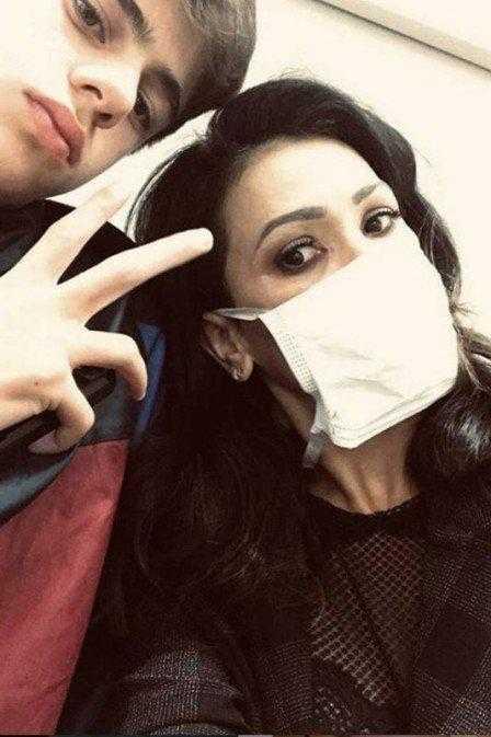 Suzana Alves surge ao lado do enteado e revela doença. (Foto: Reprodução/Instagram)