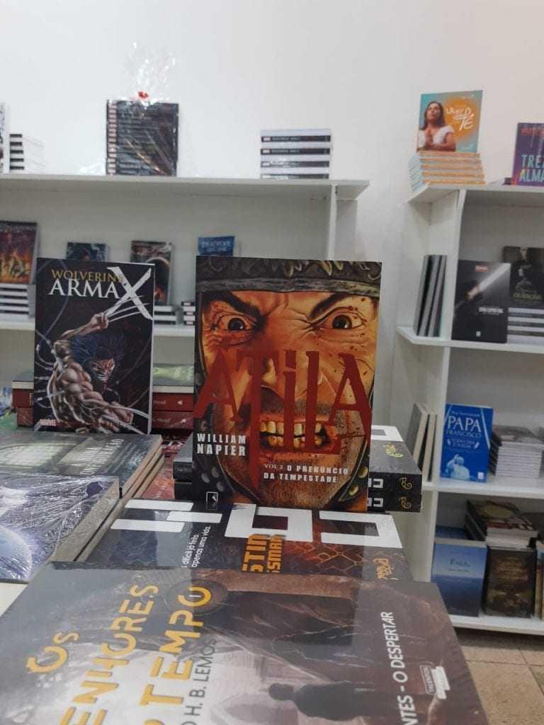 Promoção de Livros em Manaus! Livros a partir de dez reais!