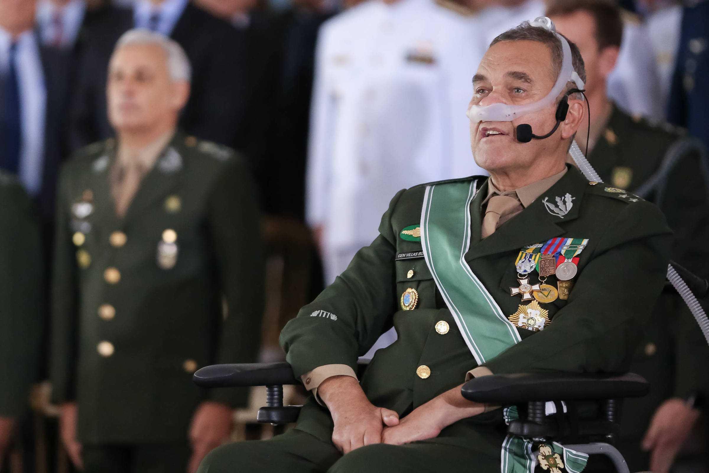 General Eduardo Villas Bôas é agora um grande defensor do uso de maconha medicinal